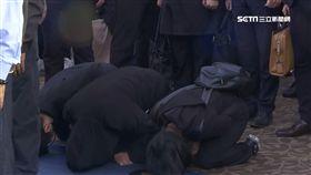 踏進會場一步就下跪磕頭 尤振仲淚崩:永生的究責 台鐵 普悠瑪 公祭 尤振仲