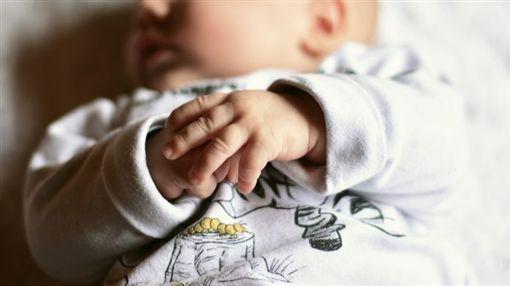 懷孕,墮胎,結婚,撫養,未成年,生產,嬰兒(圖/翻攝自pixabay)