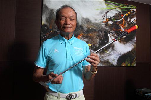 謝敏男自己設計的78勝紀念推桿。(圖/高爾夫雜誌網路商城提供)