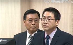 國安局長彭勝竹(左),國安局安訊中心副主任(右),(圖/截取轉播系統)