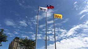 花博開幕 中市府前廣場即日起懸掛各參展國旗共享光榮/中市府提供