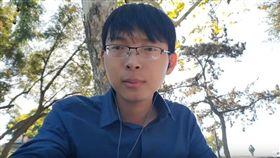 「有做人的機會誰想當狗?」中國小哥挺台獨 嗆中政府獨裁(圖/翻攝自Vlog心聲YouTube)