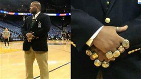 勇士保全滿手冠軍戒 網:薩諾斯是你 NBA,金州勇士,總冠軍,冠軍戒,保全 翻攝自推特