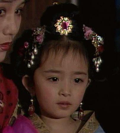 楊冪,童星,唐明皇,母胎美女(圖/翻攝自微博) ID-1626126