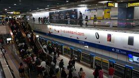 台北,捷運,板南線,性騷擾,下體,老翁(圖/翻攝google)