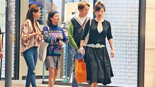 鄧兆尊跟3位女友同居。(翻攝百度)