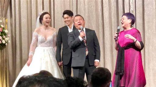 曾志偉出席朱延平兒子婚禮(圖/翻攝自朱延平臉書)