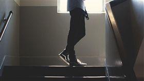 樓梯,靈異(圖/翻攝自Pixabay)