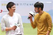 「種菜女神」首映發布會演員鄒承恩、劉子千。(記者林士傑/攝影)