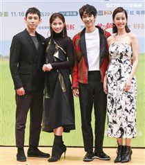 「種菜女神」首映發布會男女主角劉以豪、陳庭妮、李千娜、徐鈞浩。(記者林士傑/攝影)