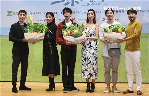 劉以豪、陳庭妮、劉子千、鄒承恩、李千娜、徐鈞浩 圖/記者林士傑攝影
