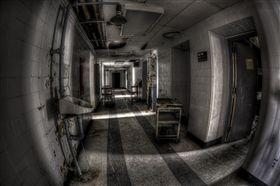 殮房,太平間,洗屍(圖/攝影者Stuart McAlpine, Flickr CC License)https://goo.gl/Qb3MKy