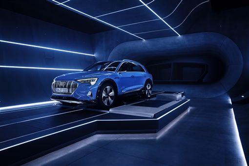 Audi電動車e-tron將搭載Amazon智慧語音助理Alexa。(圖/Audi提供)