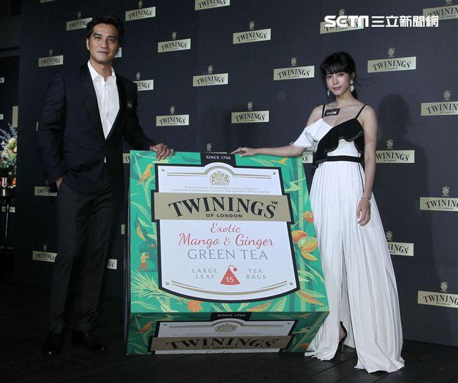馬志翔、温貞菱出席英國皇室御用唐寧茶時尚名人趴。(記者邱榮吉/攝影)