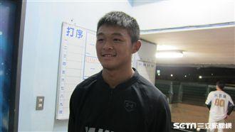 進職棒4個月 江國謙對羅德撐3局