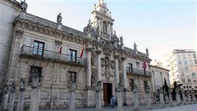 西班牙語學不好 陸留學生被勒令離境 (圖/翻攝自巴利亞多利德大學官網)