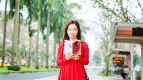 台灣女作家李維菁 臉書
