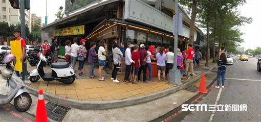 浪子回頭開店,發300碗海鮮粥助弱勢/リ味館授權提供