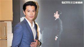 邱澤見到偶像李安導演不敢上前攀談。(圖/記者邱榮吉攝影)