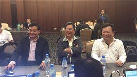 ▲民進黨祕書長洪耀福(左起)、選對會召集人陳明文、林錫耀。(圖/記者林仕祥攝)