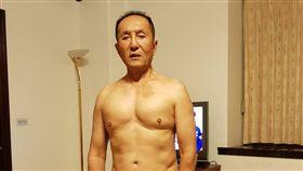 無黨籍台南市長候選人林義豐秀身材,林義豐提供