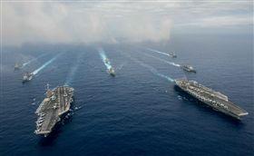 美國海軍第七艦隊在菲律賓海運行(圖/美國太平洋艦隊官網)