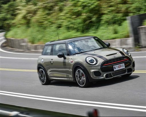 Mini JCW 3 Door Hatch(圖/車訊網)