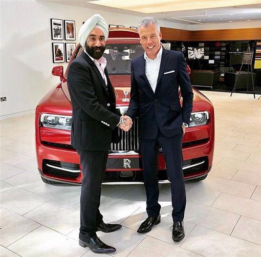 萊斯萊斯Cullinan全球首位車主Reuben Singh(圖/翻攝網路)