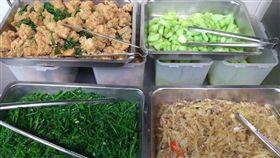 員工餐,菜色,慣員工,50元(圖/翻攝自爆怨公社)