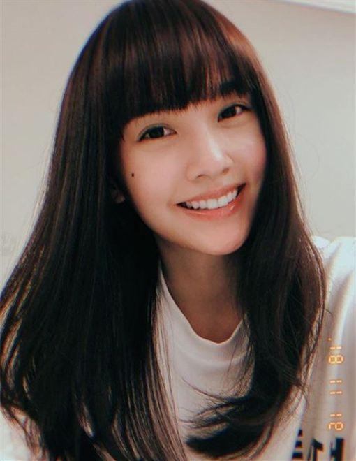 楊丞琳出道18周年當天公開新髮型(IG)