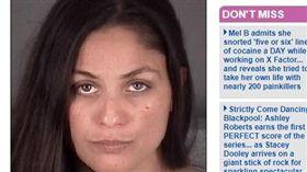假教育真虐童!美國佛羅里達日前發生一起詭異的虐童案,34歲女子蘿薩雷(Rosalie Contreras)聲稱要懲罰13歲女童,不僅對她施暴之外,竟還讓女童裸體且赤腳走回家,離譜行徑令人髮指。(圖/翻攝自每日郵報)