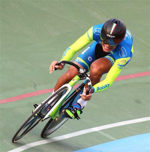 青男短距離冠軍由申騰美利達隊段承恩獲得。(圖/中華民國自由車協會提供)