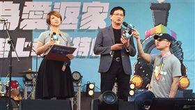 和碩科技董事長童子賢11/18日代表27家企業發布聯合聲明,主張婚姻平權是天賦人權,應修民法予以落實,彰顯台灣人權進步的里程碑,驕傲地告訴國際社會,台灣是如何互重、融合。