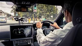 Jaguar Land Rover GLOSA系統(圖/翻攝網路)