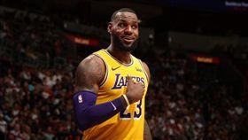 吹耳哥激投不進 詹皇霸氣飆破50分 NBA,洛杉磯湖人,LeBron James,Lance Stephenson,打臉 翻攝自推特