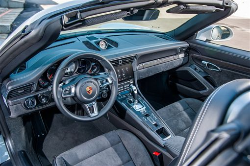 Porsche 911 Targa 4 GTS(圖/車訊網)