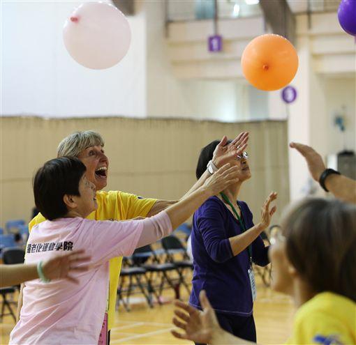 ▲活躍老化運動學院返校歡樂派對。(圖/活躍老化運動學院提供)