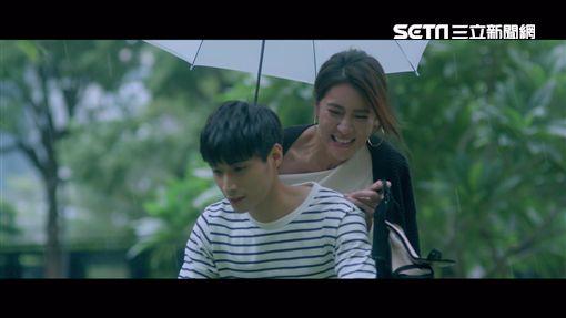 小禎,陳彥名拍呂薔MV(圖/ 愛貝克思 提供)