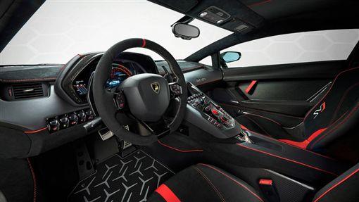 Lamborghini Aventador SVJ 63(圖/翻攝網路)
