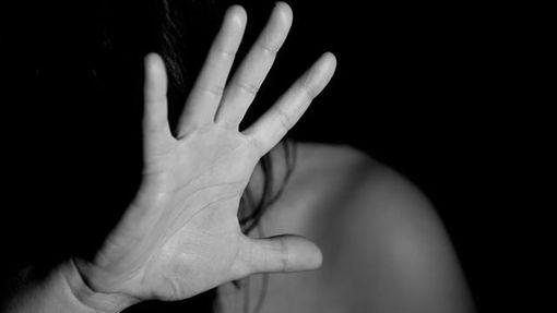 猥褻、性侵、硬上、霸王硬上弓、暴力(示意圖/翻攝自Pixbay)