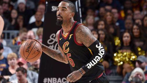 神經刀喊「賣我」 騎士不再讓他出賽NBA,克里夫蘭騎士,J.R. Smith,賣我,神經刀翻攝自推特