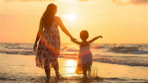 母女,媽媽,女兒,/翻攝自Pixabay