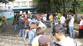 新明路,台北市,吳宗憲,投票所,人潮(圖/記者邱榮吉攝影)