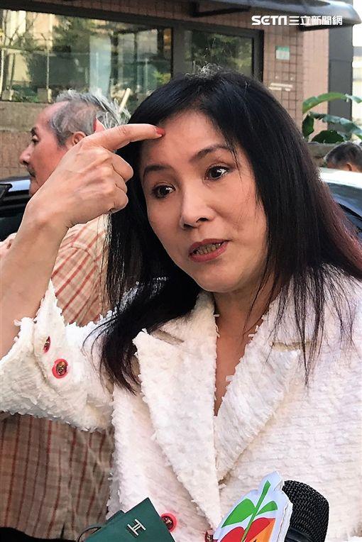 李亞萍坦言公投的確拖長了投票時間。(圖/記者蔡世偉攝影)