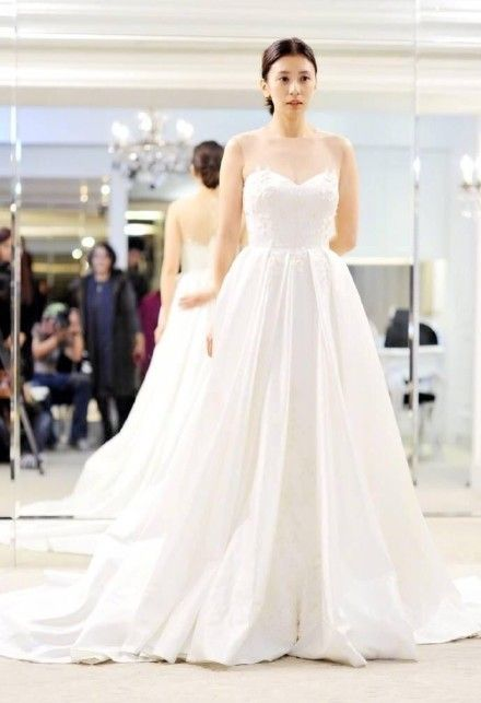 賈靜雯,咘咘,婚紗/翻攝自微博
