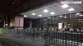 台北地檢署,台北地院,拒馬,驗票,柯文哲,丁守中,開票。翻攝畫面