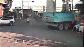 南投,砂石車,排擋,下坡路,滑行,撞擊