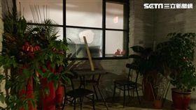 台北市內湖區碧山里辦公室遭3名惡煞砸毀,警方先逮捕林姓男子,訊後依毀損罪移送法辦(翻攝畫面)