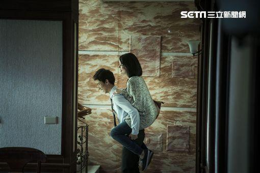許瑋甯、人面魚/威視提供