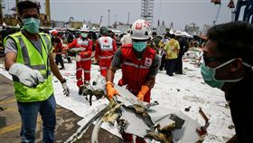 獅子航空公司(Lion Air)一架接近全新的波音班機10月底失事墜海,機上189人無人生還,印尼調查人員今天將公布初步調查報告,預料不會對空難原因做出結論。(圖/翻攝自@Ceepra_Meawhe推特)